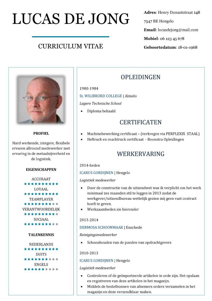 CV Voorbeeld Chesterfield (Blue Light) 1/2, originele cv maken voor sollicitatie, pagina 1